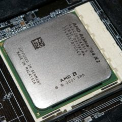 Bad docs and blue screens make Microsoft suspend Spectre patch for AMD machines