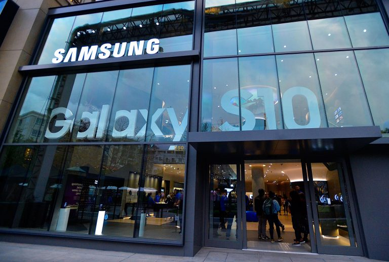 Tech Giant Samsung Adds Bitcoin Support to the Blockchain Keystore
