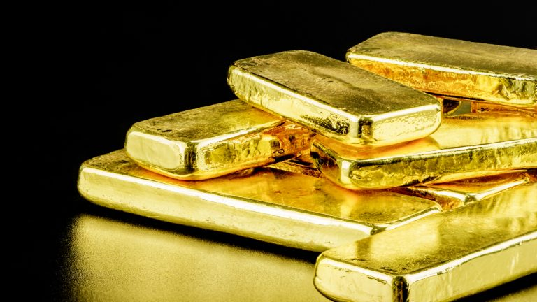 83 Tons of Fake Gold Bars Backing $3 Billion Loans in China: This Man Claims to Know the Truth
