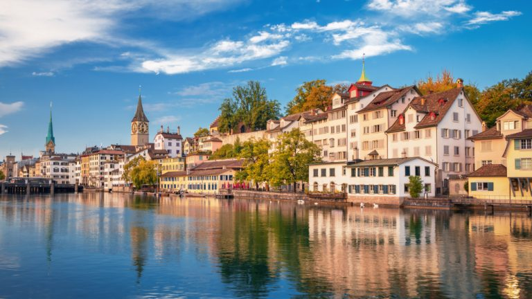 Switzerland Approves Gazprombank to Offer Bitcoin Trading and Custody