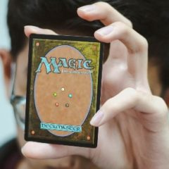 Organize your Magic: The Gathering decks with Magic Assistant