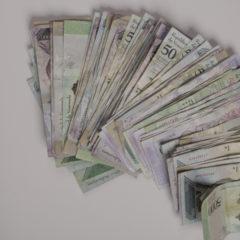 Venezuela Slashes Six Zeroes off Its Currency, Bolivar Keeps Losing Ground Against the Dollar